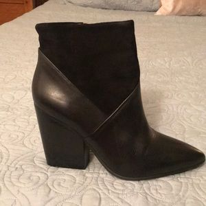 Vince Camuto Black Booties size 10